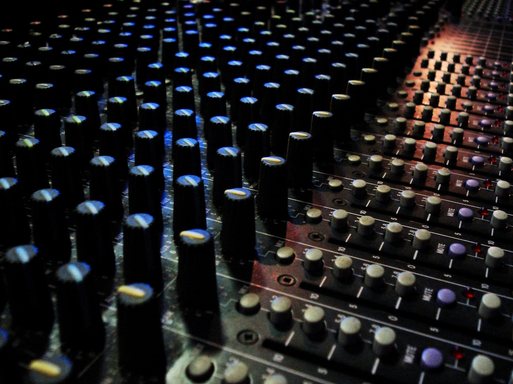 5 Tips: Mixing for Optimal Loudness | Soundways